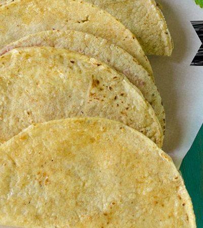 Tacos sudados pollo deshebrado