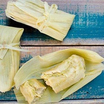 Tamales verdes con pollo (versión tradicional)