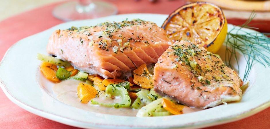 Resultado de imagen para salmon a la parrilla con mantequilla de limon