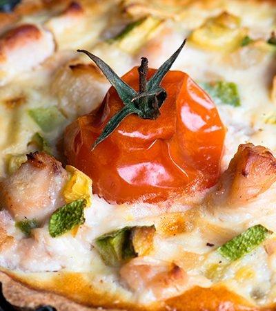tarta-abierta-de-tomates-y-pavo-tomates