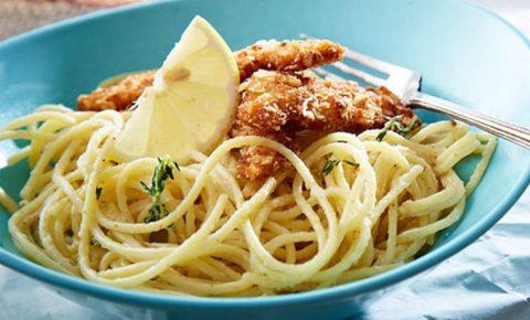 spaghetti con salsa cremosa de limón