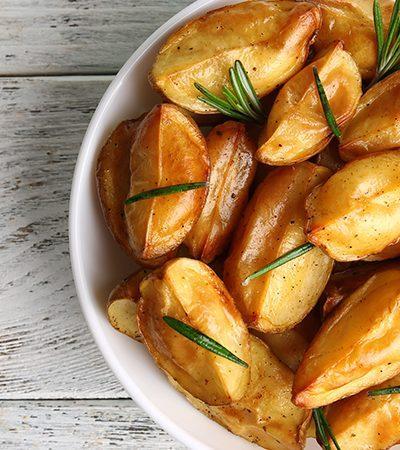 Botanas de papas gajo y manzanas