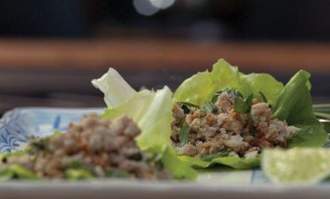 Tacos de lechuga con pavo