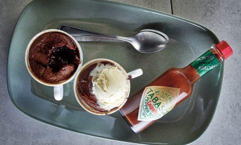 Pastelito tibio de chocolate
