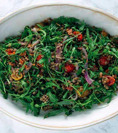 Ensalada de lentejas y tomates asados