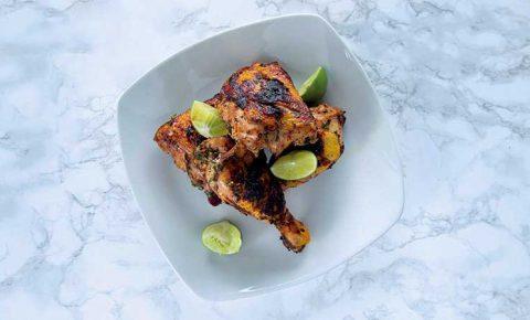 Pollo a la parrilla estilo caribeño