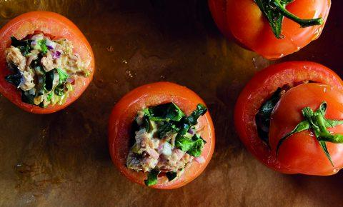 Tomates rellenos de picadillo