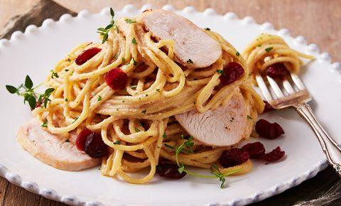 Spaghetti con pechuga de pavo