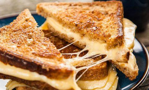 Sándwich de 3 Quesos Bajo en Carbohidratos
