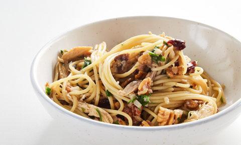 Spaghetti con Recalentado de Pavo