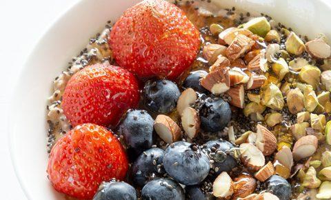 Bowl de Avena con Horchata y Frutas
